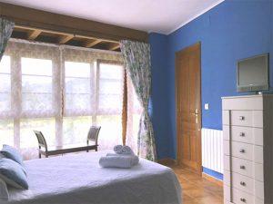 hotel sostenible habitacion doble cama matrimonial