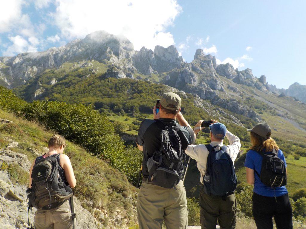 Caminando por Picos de Europa practicando español